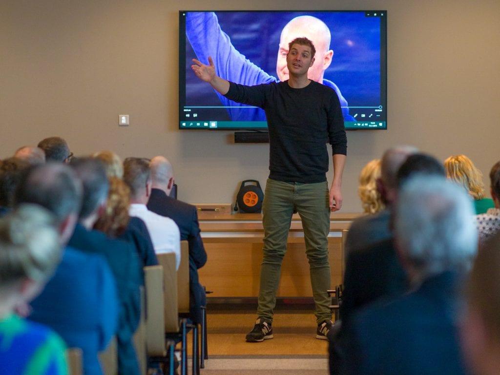 Zakelijke fotografie Maarten van der Heijden bij de commerciële club Emmen