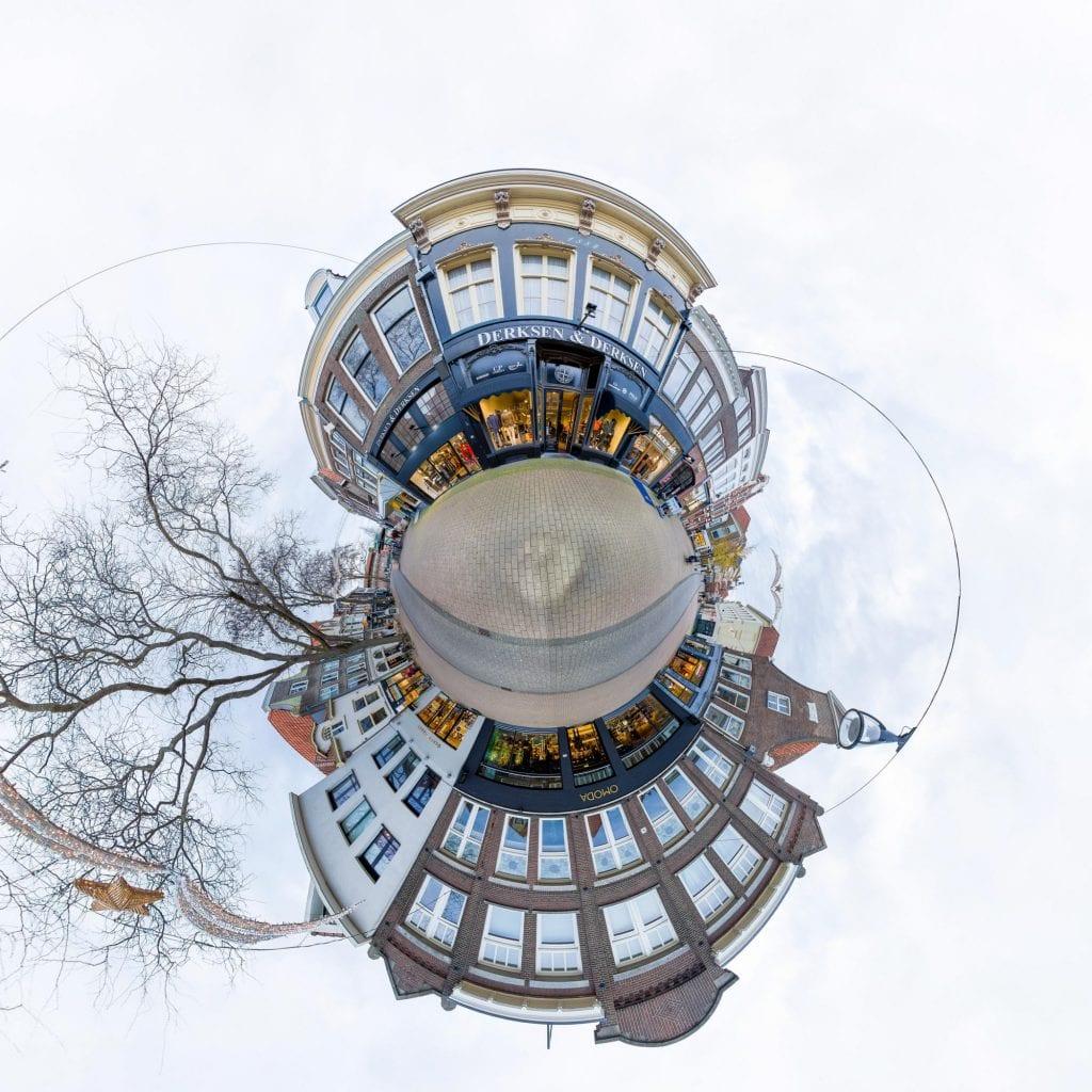Littte Planet foto van winkelpand Derksen en Derksen Zwolle