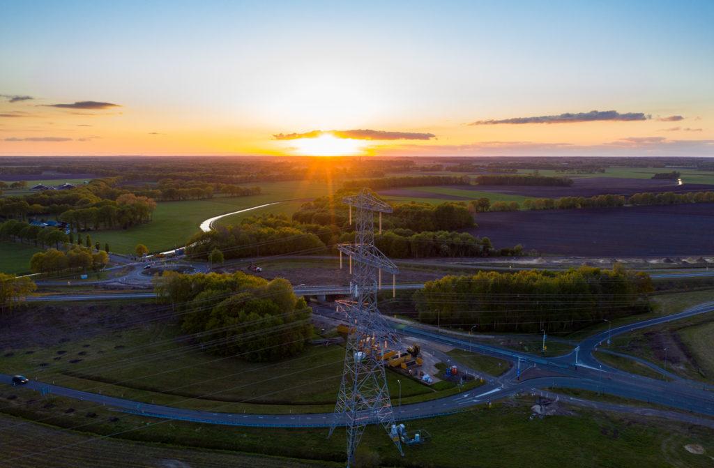 Uitzicht vanaf de drone op de werkzaamheden aan de N34